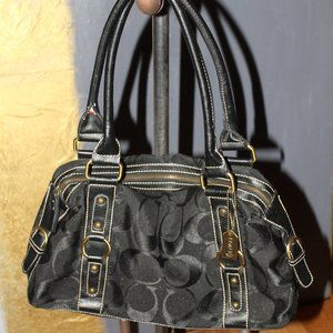 LIKE NEW BLACK COACH OVER THE SHOULDER PURSE